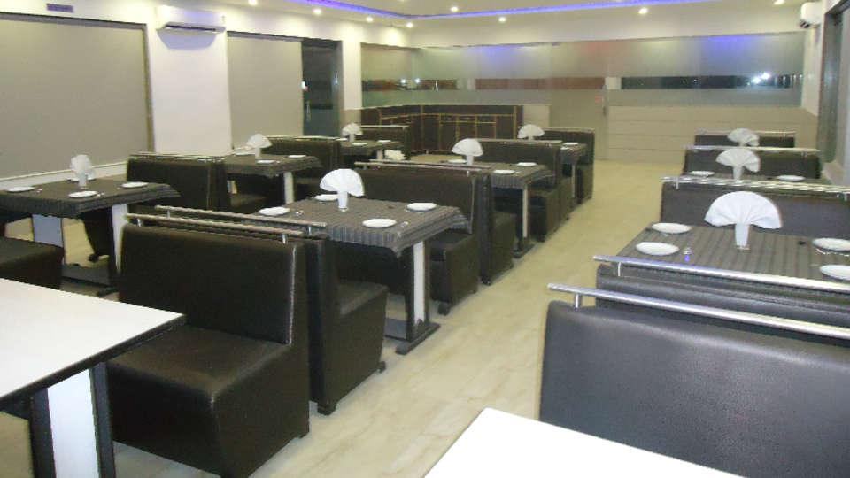 Hotel Skyland, Ahmedabad Ahmedabad Restaurant 4 1