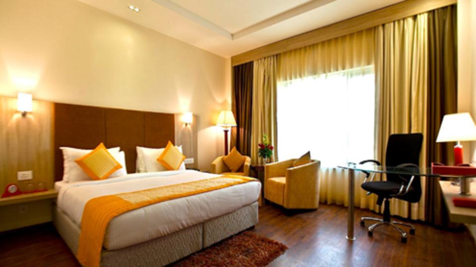 Hotel Nidhivan Sarovar Portico, Mathura Mathura room nidhvan sarovar portico