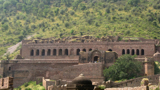 The Bhangarh Fort _Tijara Fort Palace_Places To Visit In Rajasthan 1