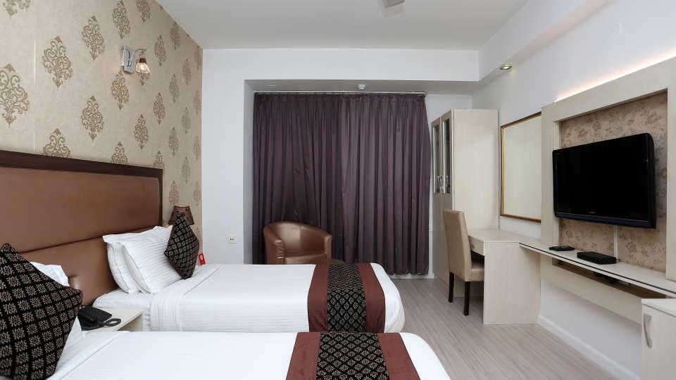 Rooms Emblem Hotels