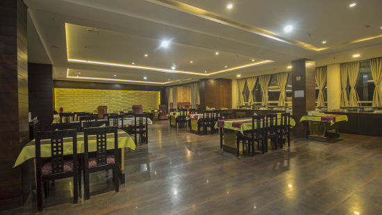 Multi-cuisine restaurant in darjeeling