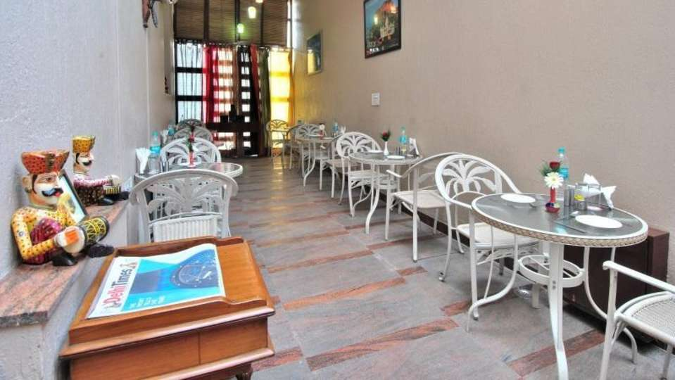 Cosy Grand Hotel, RK Puram New Delhi restaurant cosy grand hotel rk puram new delhi 2