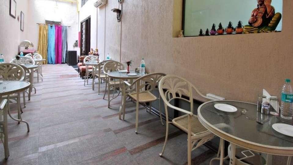 Cosy Grand Hotel, RK Puram New Delhi restaurant cosy grand hotel rk puram new delhi 3