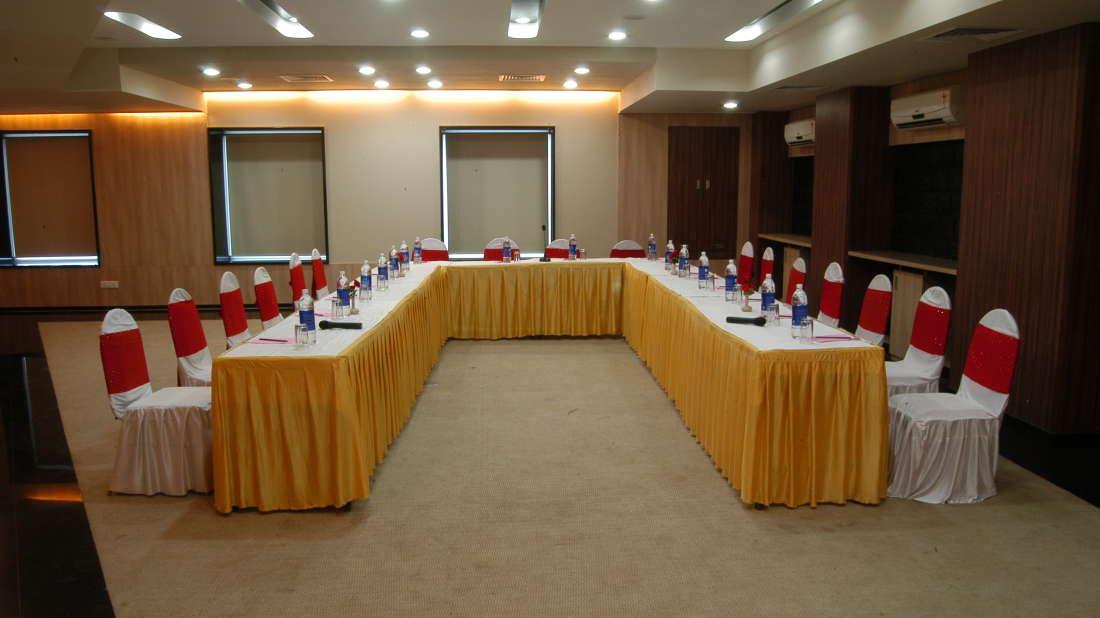 Coral Meeting and Banquet Hall at Kamfotel Hotel Nashik, Meeting Halls in Nashik 23