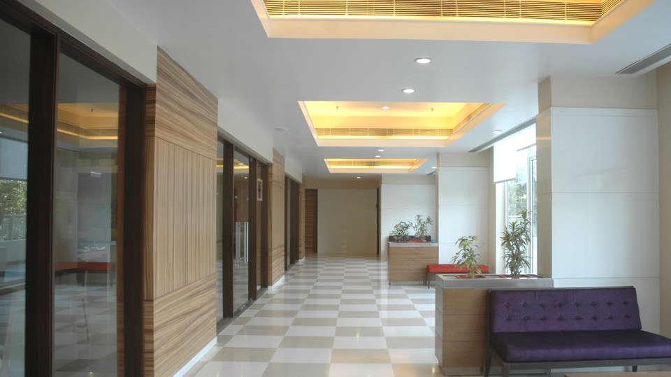 Lobby atHometel Chandigarh, best business hotels in chandigarh 3