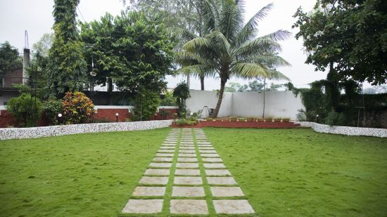 Valerina Lawn at Kamfotel Hotel Nashik, Part Lawns in Nashik 1