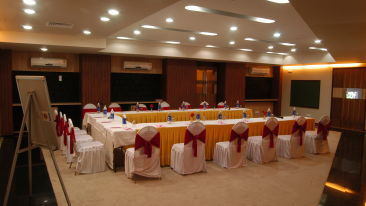 Coral Meeting and Banquet Hall at Kamfotel Hotel Nashik, Meeting Halls in Nashik 22