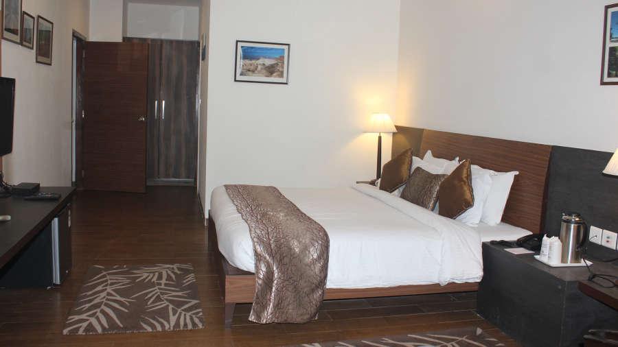 The riverview retreat resorts in corbett superior rooms for Design hotel 1860 rendsburg