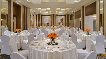 Round Table at Golden Sarovar Portico Amritsar 2