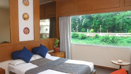 Stateroom Strand Rooms at Polo Calcutta Boathouse Kolkata  Budget Hotel Rooms in Kolkata 1