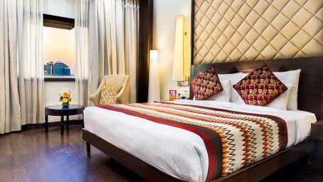 hotel rooms in Jaipur, Club Rooms at Clarks Amer Jaipur, hotels near jawahar kala kendra