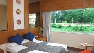 Sunrise Room at Floatel Kolkata, Budget Hotel Rooms in Kolkata 1