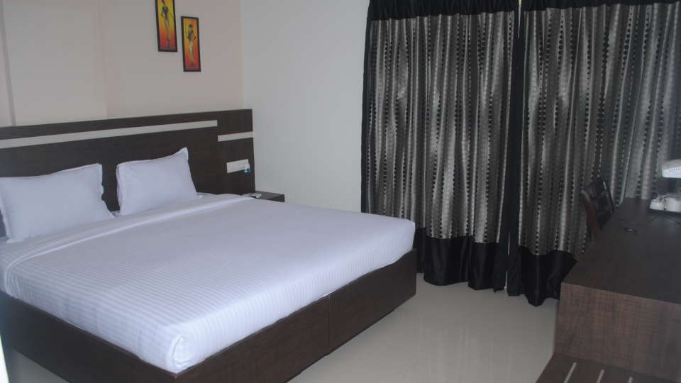 Hotel Raj Residency, Bannerghatta Road, Bangalore Bangalore deluxe rooms 1 hotel raj residency bannerghatta road bangalore