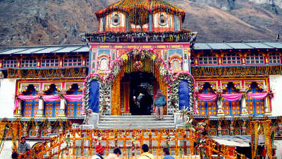 Badrinath Temple Sarovar Portico Badrinath