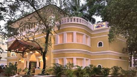 Facade, Phoenix Park Inn, Goa - A Carlson Brand Managed by Sarovar Hotels, best resorts in goa 1