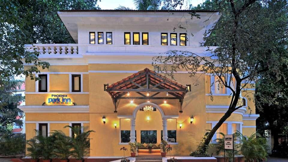 Facade Phoenix Park Inn Resort Goa 2