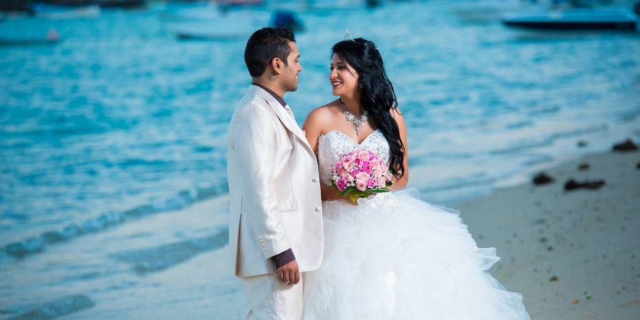alt-text wedding-1235557 1920