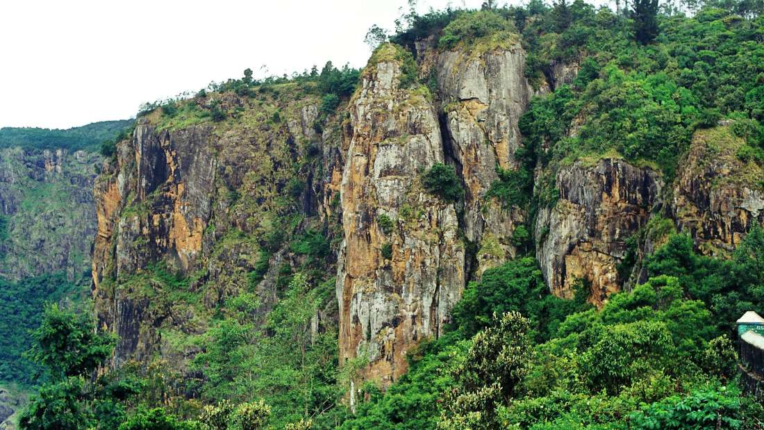 Pillar Rocks, The Carlton - 5 Star Hotel in Kodaikanal, hotel near kodaikanal lake