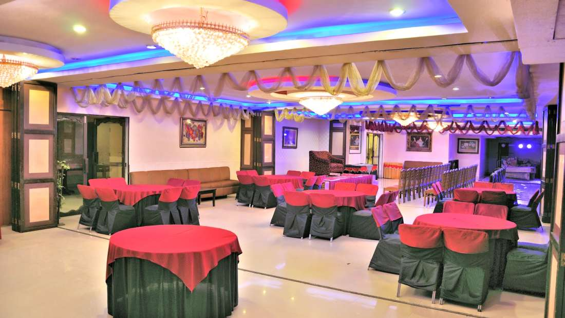 Banquet Hall of Hotel PR Residency Amritsar - Hotels in Amritsar