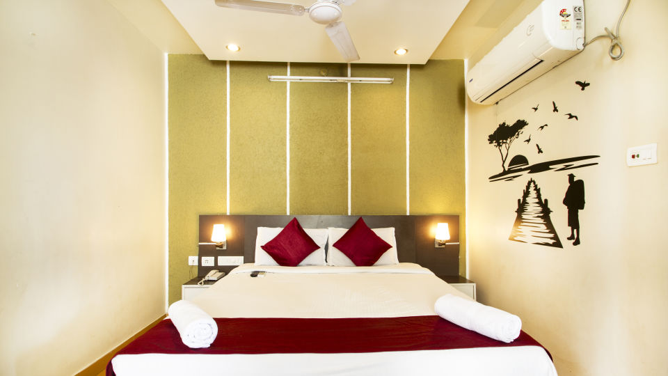Hotel New Sreekrishna Residency, Hyderabad Hyderabad Deluxe Room Hotel New Sreekrishna Residency Hyderabad