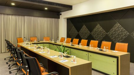 Boardroom at Narayani Heights, business centre in ahmedabad 1