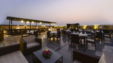 Sky Grill -Rooftop Restaurant Crystal Sarovar Premiere Agra