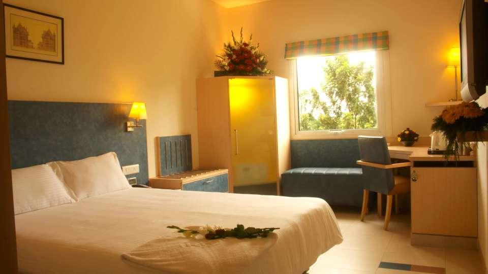 Superior Room at Radha Hometel Bangalore, Hotels in bangalore