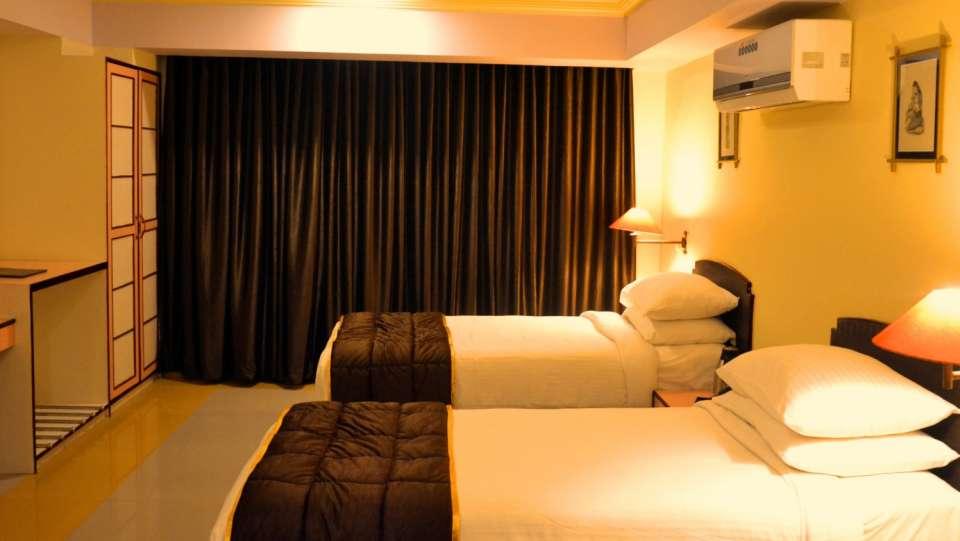 Hotel Rajputana Palace, Jodhpur Jodhpur super deluxe hotel rajputana palace jodhpur rajasthan 1