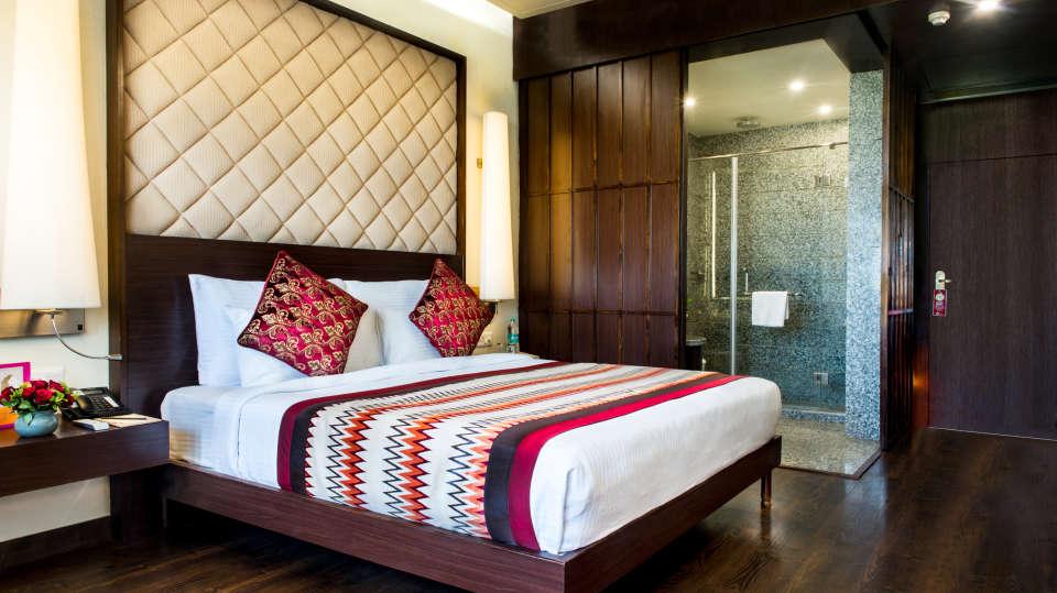 hotel rooms near jawahar kala kendra, Club Rooms at Clarks Amer Jaipur - 5 star Hotel in Jaipur