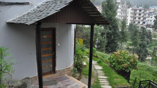Spring Valley Resorts, McLeod Ganj, Dharamshala Dharamshala cottage enterance