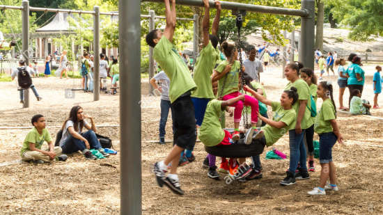 children-playing-heckscher-playground-central-park-nyc-E66JNT