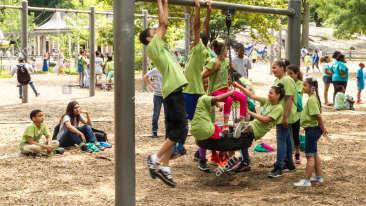 children-playing-heckscher-playground-central-park-nyc-E66JNT
