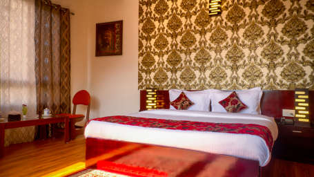 The Royal Oaks Hotel, Gangtok Gangtok Executive Room The Royal Oaks Hotel Gangtok