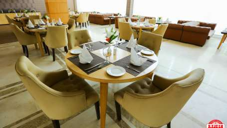 Season s Kitchen Restaurant Udman Hotels Resorts - Mahipalpur New Delhi Hotel in Mahipalpur 9