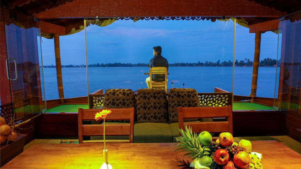 5, Houseboats in Alleppey, luxury houseboats in Alleppey, premium houseboats in Alleppey, backwater cruise in Kerala, luxury houseboats in Kumarakom, houseboat cruise in Kumarakom, best houseboats in Kerala