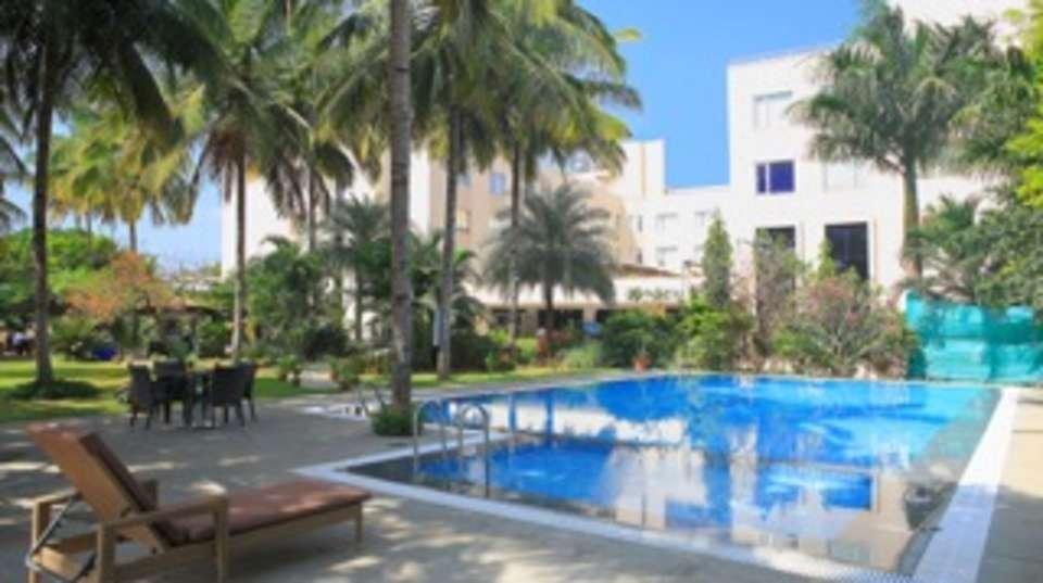 Evoma hotel k r puram bangalore bangalore swimming pool - Swimming pool builders in bangalore ...