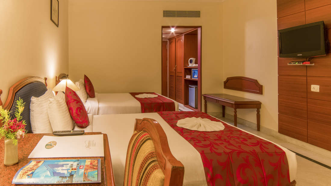 Hotel Annamalai International, Pondicherry Pondicherry Premium Room - Twin Bed 2 2 Hotel Annamalai International Pondicherry