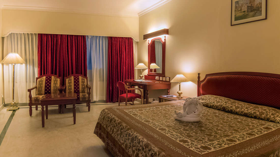 Hotel Annamalai International, Pondicherry Pondicherry Standard Room Hotel Annamalai International Pondicherry