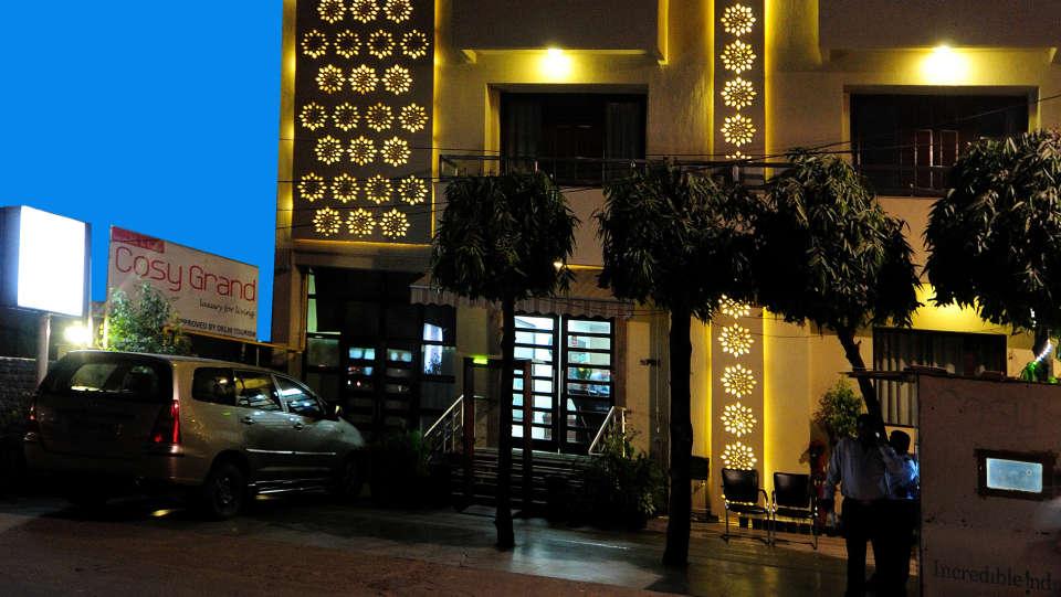 Facade Cosy Grand Hotel RK Puram