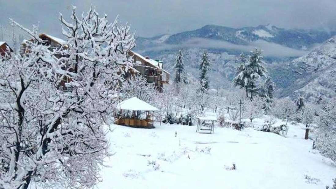 Baragarh Villa Kullu Winter View Baragarh Villa Kullu Himachal Pradesh