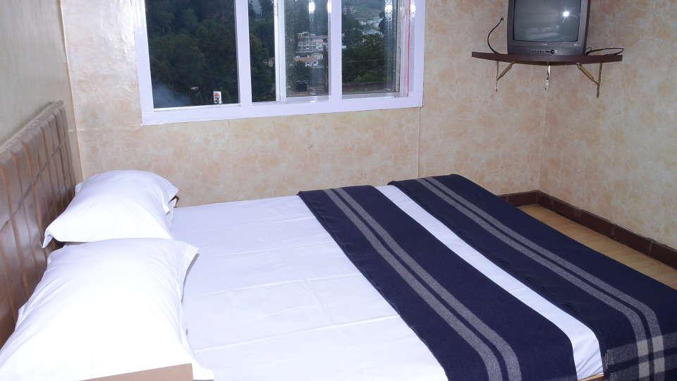Jayaraj Residency, Kodaikanal  Standard Room Jayaraj Residency kodaikanal 4