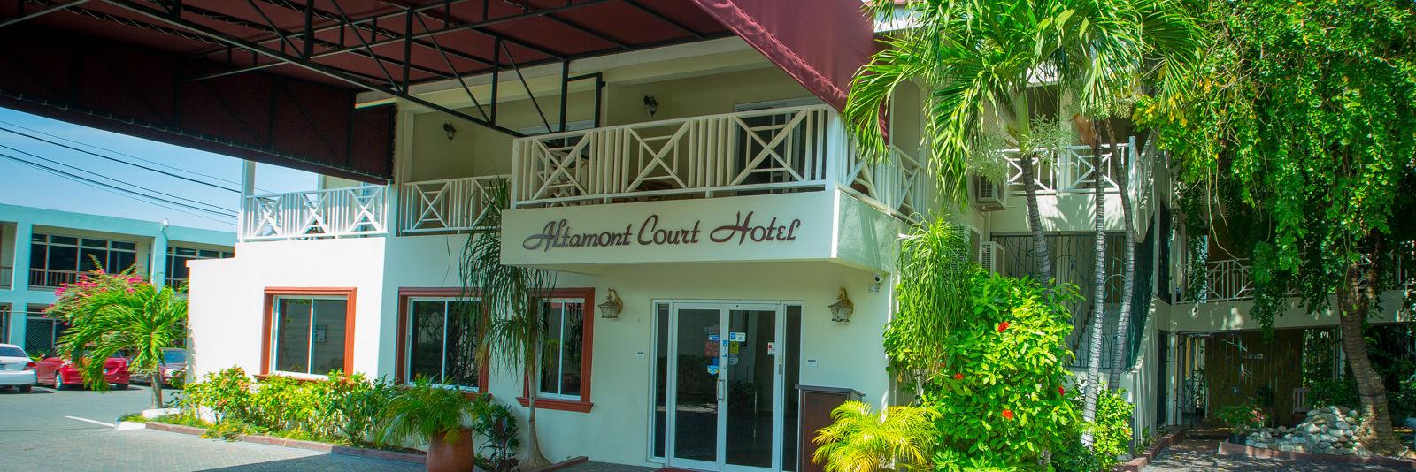 hotel port cocher 2 1