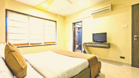 Deluxe Rooms in Andheri Dragonfly Apartments in Andheri, Andheri East Hotels