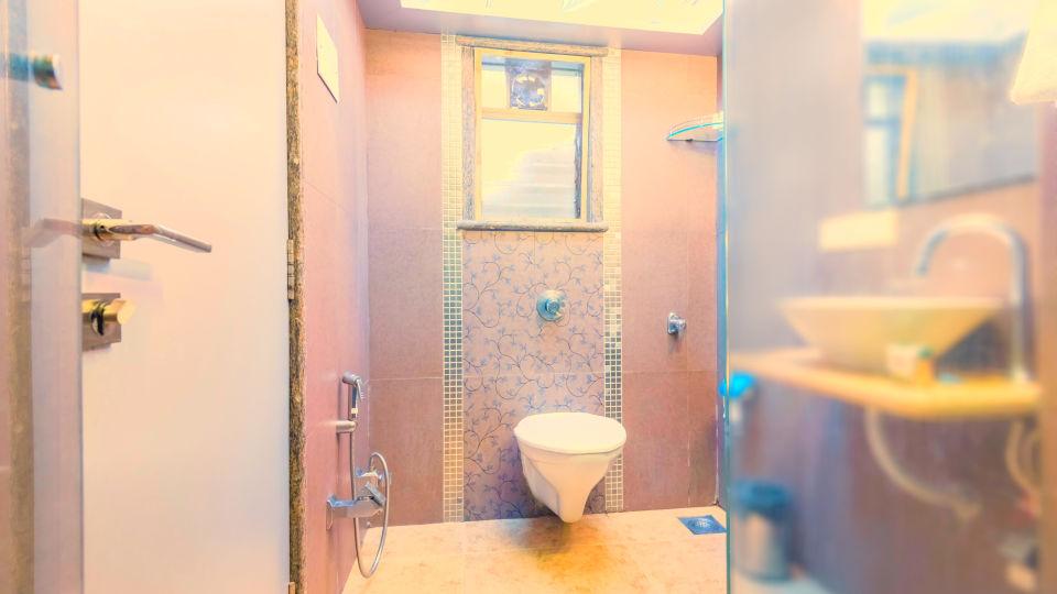 Dragonfly Apartments, Andheri, Mumbai Mumbai Lavatory Dragonfly Service Apartments Emerald Krishna Enclave Andheri Mumbai 2