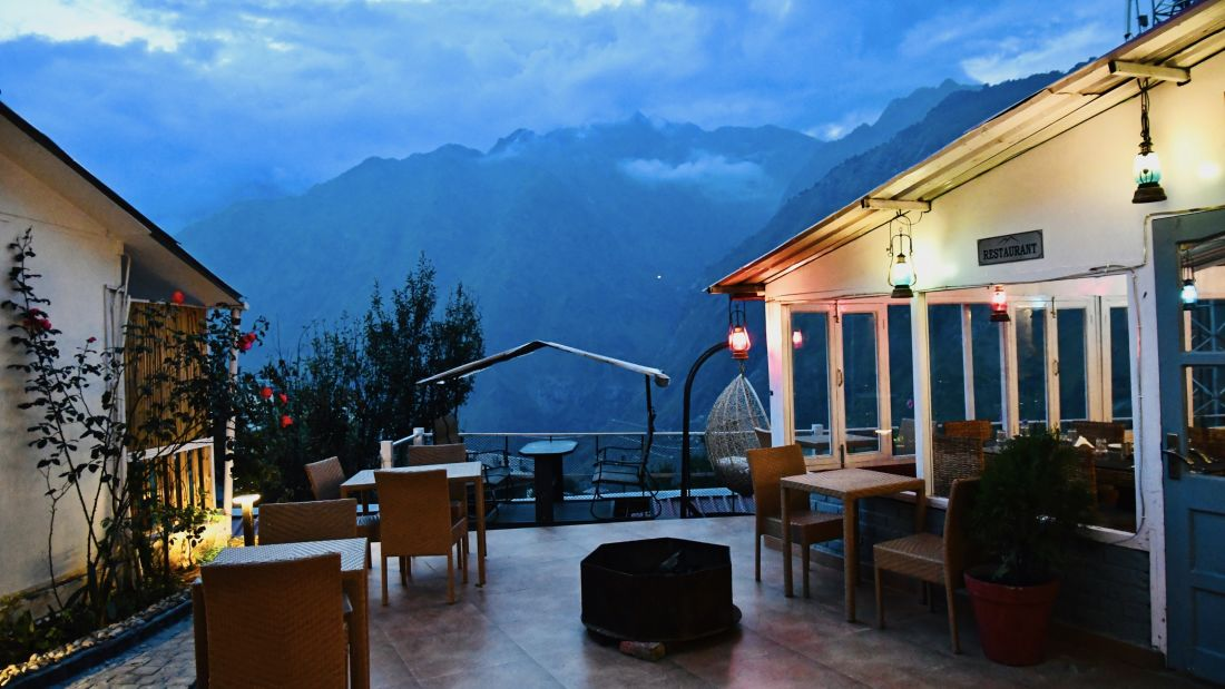 rooms in Joshimath, rooms in Chamoli, Joshimath Hotels, Resorts near Auli, Best Luxury Hotel at Joshimath, Multi-cuisine Restaurant in Joshimath 448