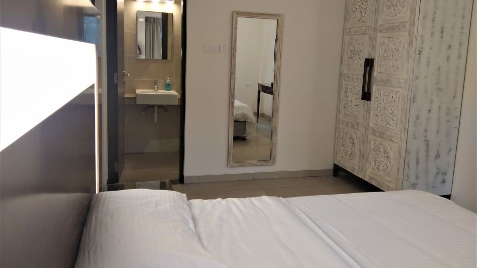 Bedroom 1a-2