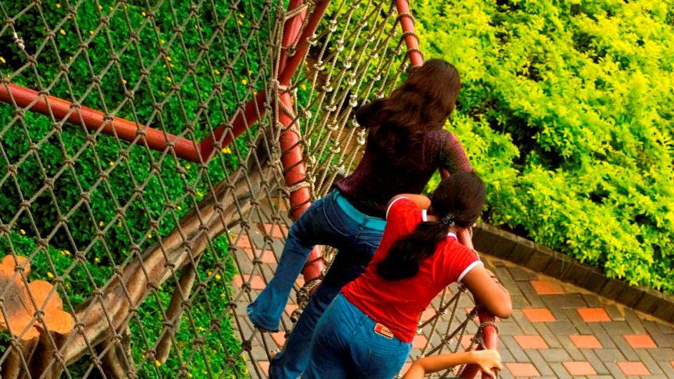 Dry Rides - Net Walk at  wonderla Amusement Park Bengaluru