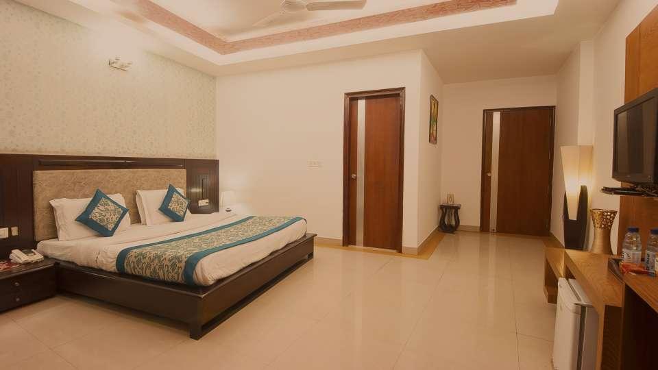 Star Hotels  Premium Room Hotel Delhi 37 Delhi