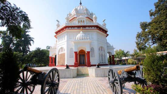 Hotel PR Residency        Amritsar Gurudwara Saragarhi P R Residency Amritsar