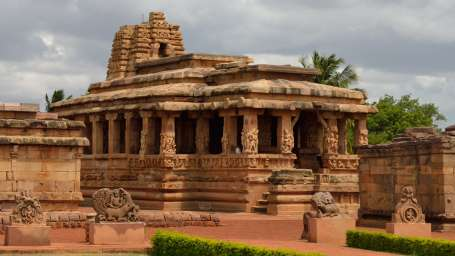 Heritage Resort Hampi Hampi Trip to aihole